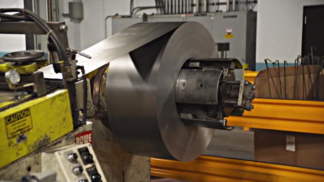 Для изготовления сейфов чаще всего используется листовая сталь.