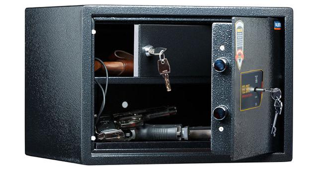 Патронное отделение в пистолетном сейфе.