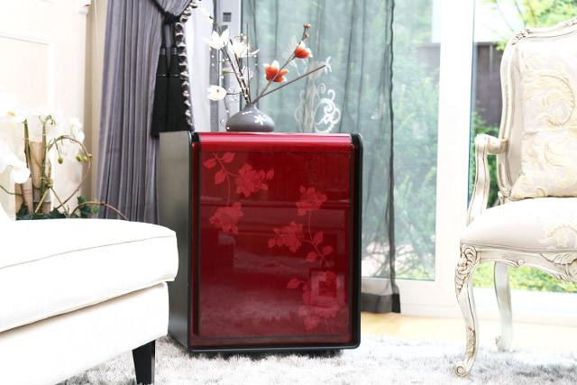 Огневзломостойкий сейф LuCell в виде декоративной тумбы.